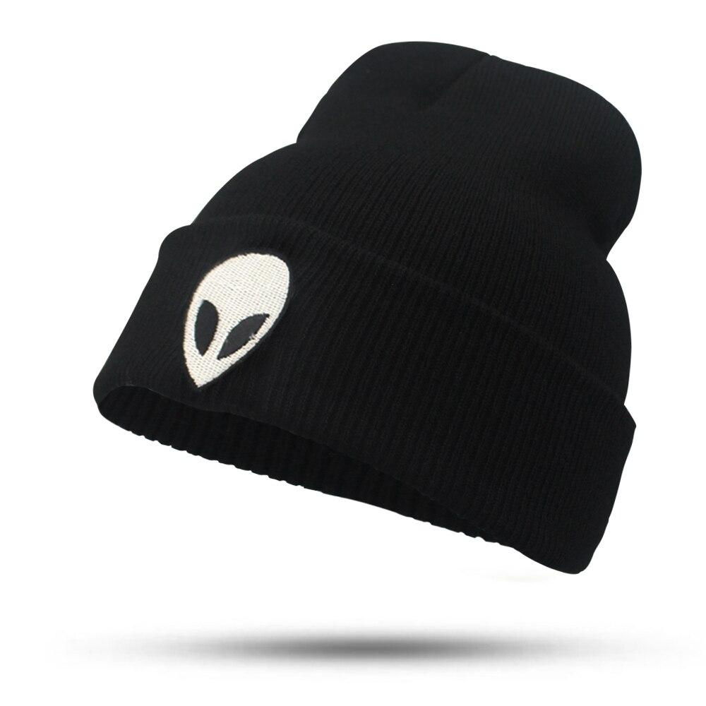 illfly Women's Aliens Bonnet Saucer Space E.T UFO Knit Hat Es