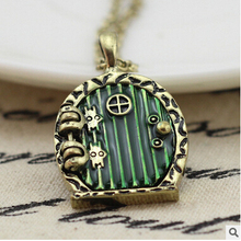 1PC 31X24MM Hobbit Door Locket Necklace Fairy Door CharmPhoto locketDIY setting locket : door charm - Pezcame.Com