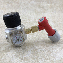 лучшая цена Home brew Beer Keg  Mini CO2 Gas Regulator 90PSI with Gas Pin Lock Disconnect fitting For Beer Brewing