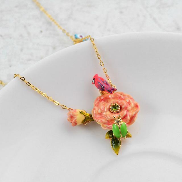 Nereides Flores Bird Collar Para Las Mujeres de Lujo Elegante Romántico Collares Partido de Buena Calidad