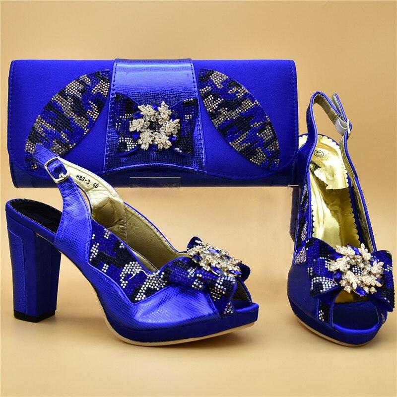 Les Assortis Parti Pompes Bleu Décoré Chaussures Italiennes De Appliques Avec Nigérian Femmes Sacs Talons Arrivée Nouvelle black or Mariage Hauts rose nwYpqIOCFx