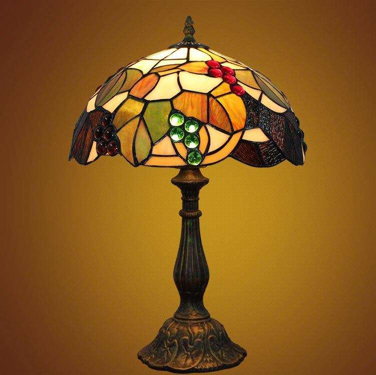 12 pouce Libellule de raisin En Verre Teinté Abat-Jour Tiffany Lampe de Table Pays Style Lampe De Chevet E27 110-240 v