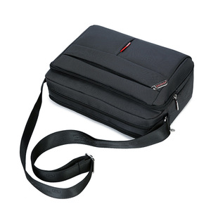 Image 4 - 높은 품질 남자 메신저 서류 가방 가방 작은 용량 서류 가방 좋은 방수 나일론 남성 비즈니스 어깨 가방 IPAD