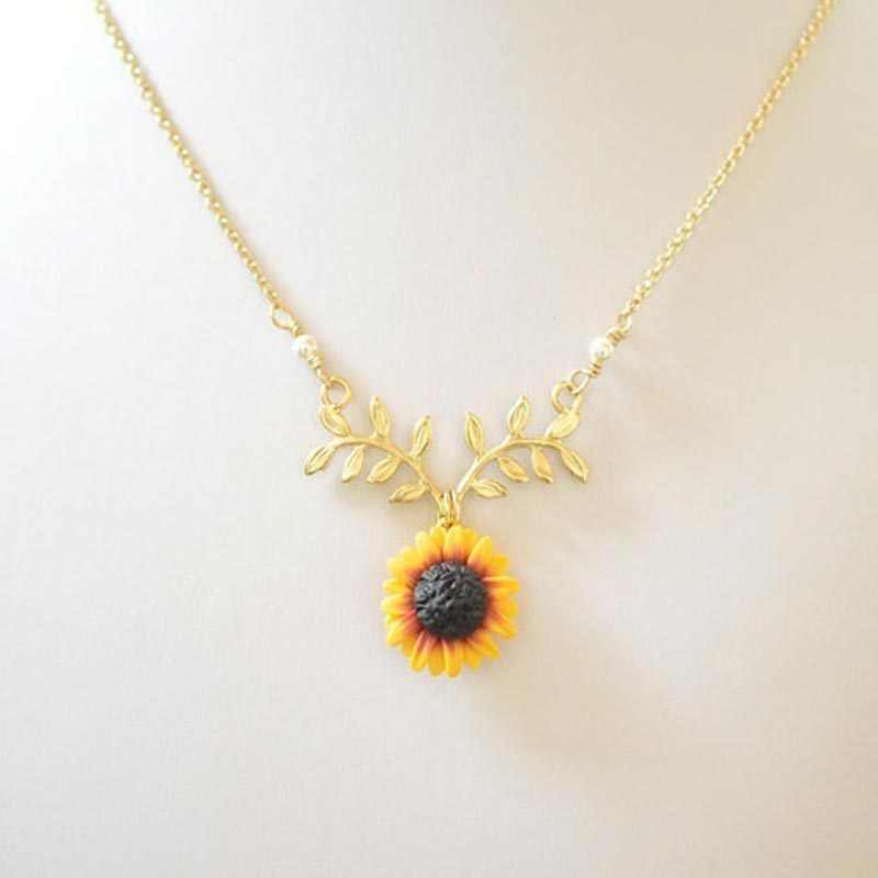 NC157 Sun Flower Pearl and Leaf Branch Ms. Sunflower  Necklace Trendy jewelry Cute jewelry Bring Hope Charming necklace
