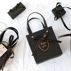 Image 3 - 1pc 크리스마스 고품질 검은 달콤한 gif 상자 사랑하는 발렌타인 데이 종이 선물 가방 크리 에이 티브 웨딩 보석 상자 포장