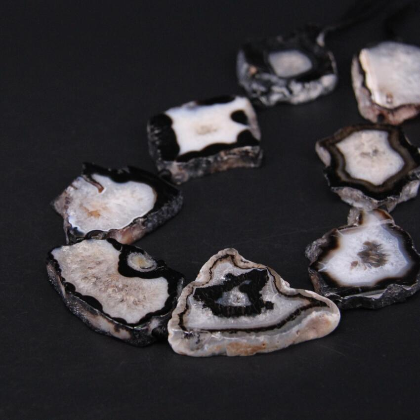 """15.5 """"/strand Naturel Blanc et Noir Agates Quartz Geode Druzy Freeform Dalle Nugget Perles, Brut Roug Pierre Drusy Tranche Pendentif Bijoux"""