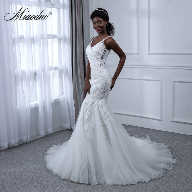 Miaoduo White Wedding Dress Appliques Lace Mermaid V Neck 2019 Sleeveless China Bridal Gown brautkleid vestido