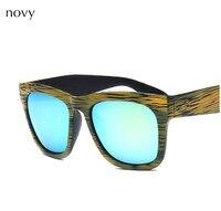 Novy marca 2018 imitazione venatura del legno occhiali da sole candy strip frame Polarized occhiali da sole unisex usura sunwear accessorio nelle donne