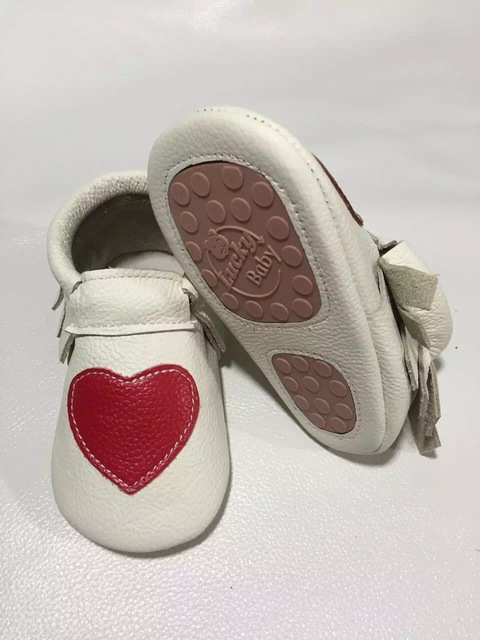 Wholesales 50pairs/lot  new  Heart Genuine Cow Leather Baby Moccasins shoes bow  Moccs girls  Newborn Baby firstwalker Anti-slip