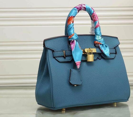цена на Hot selling !!! 2018 new neverful bag fashion women handbag with good quality luxury Litchi grain lock bag designer FREE