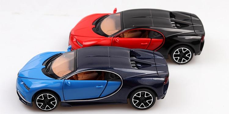 Bugatti Chiron Toy Car 15cm 36