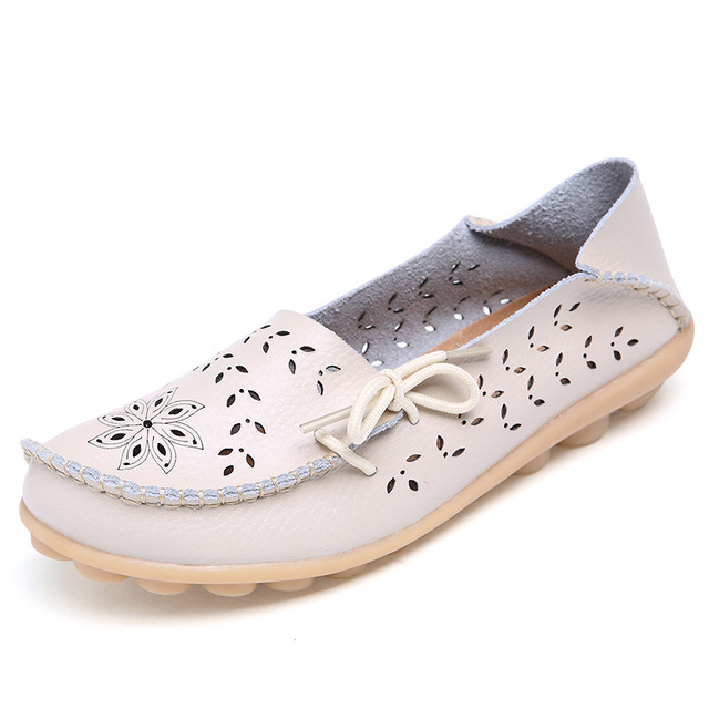 1880203fdf5 Summer hollow out Women Genuine Leather Mother Shoes Moccasins Soft Leisure Flats  Female Driving Flat Loafers