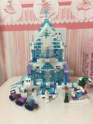 731pcs Snow World Series The Elsa`s Magical Ice Castle Set Building Blocks Bricks Toys Girl friend with lepins the ice diet
