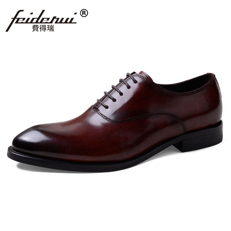 New Vintage Man Formal Dress Quarter Brogue Shoes Genuine Leather Wedding Oxfords Round Toe Handmade Mens Party Footwear SS322New Vintage Man Formal Dress Quarter Brogue Shoes Genuine Leather Wedding Oxfords Round Toe Handmade Mens Party Footwear SS322