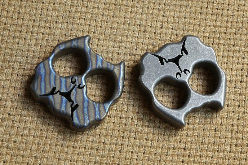 DICORIA Bully dog double ring TC4 Titanium punch daggers outdoor Buckle EDC Survival Knuck knuckles Multi toolsDICORIA Bully dog double ring TC4 Titanium punch daggers outdoor Buckle EDC Survival Knuck knuckles Multi tools