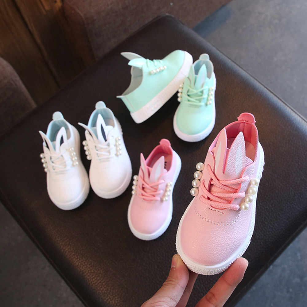 Çocuk ayakkabıları çocuk kız rahat moda ayakkabılar yumuşak kaymaz kızlar Sneaker karikatür sevimli tavşan inciler tek ayakkabı