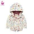 2017 Ucanaan primavera (2-7) Anos de idade do bebê meninas Dos Desenhos Animados branco jaqueta casaco estilo moda quente à prova d' água para as crianças