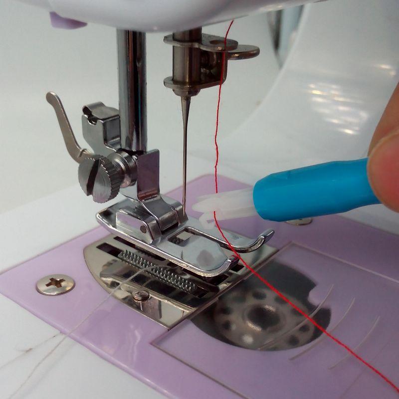 Needle Threader Stitch Insertion Tool for Sewing Machine Needle Inserter & Threader