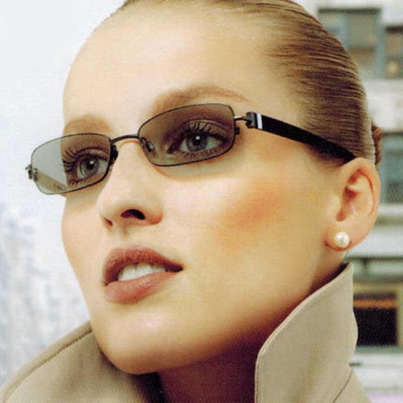 1.56 gamme de SPH progressif brun ou gris photochromique-6.00 ~ + 5.50 Max CLY-4.00 ajouter + 1.00 ~-+ 3.50 lentilles optiques pour lunettes - 6