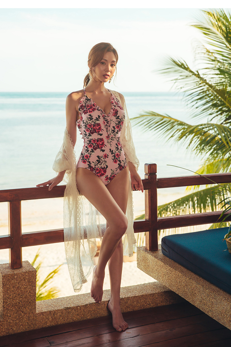 97ae8a7a9013 Plus Size Bathing Suits Summer 2018 Retro One Piece For Women Sexy Swimsuit  With Cups 2019 Korean New Pink Flower Lace Backless