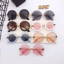 2017 LIZEMBLEM New D Brand Designer House Of Holland Letter GG Men Sunglass Or Woman Retro Color Round Golzuk Eyewear Ladies