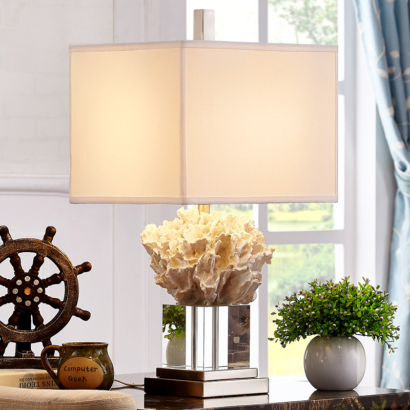 Modern Luxury Crystal Table Lamp Living Room Fashion Mediterranean White Coral Bedroom Bedside Table Lights  E27 Abajurs
