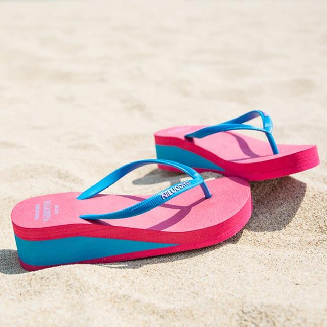 {D & Henlu} Simplicidade Cunha Flip Flops Praia Chinelos de Praia Das Mulheres Cores Misturadas À Prova D' Água Com Plataforma Desliza Mulheres sapatos Sexy