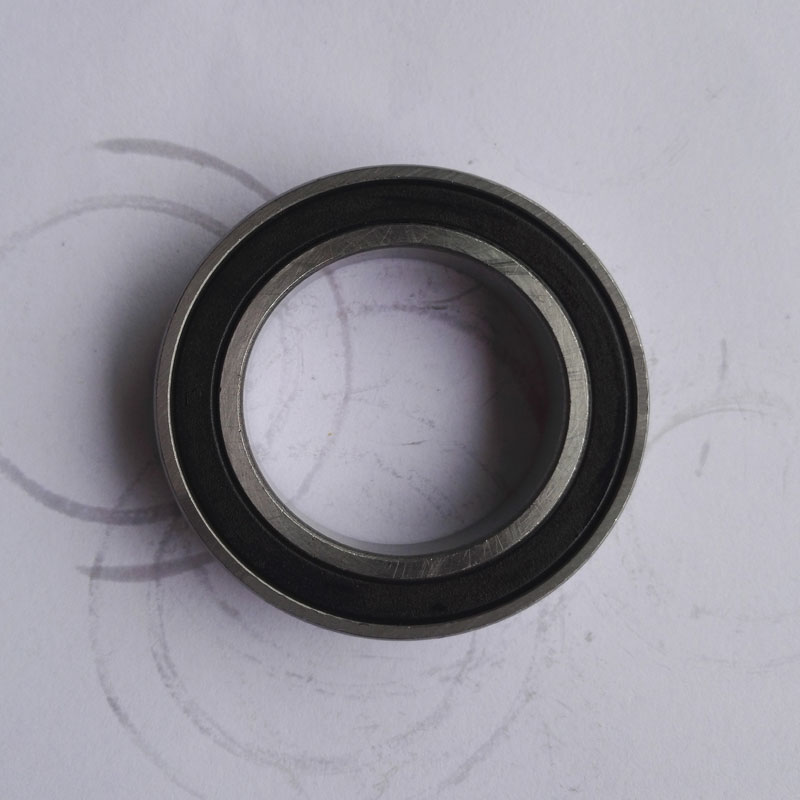 1 pieces Miniature deep groove ball bearing 6832RS 61832-2RS  6832 61832 2RS size: 160X200X20MM