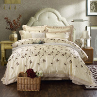 luxury Cotton Silk Lace Western Style Embroidery White Flowel Bedding Set Duvet Cover Bed Linen Bedsheet Pillowcase Queen 4pcs