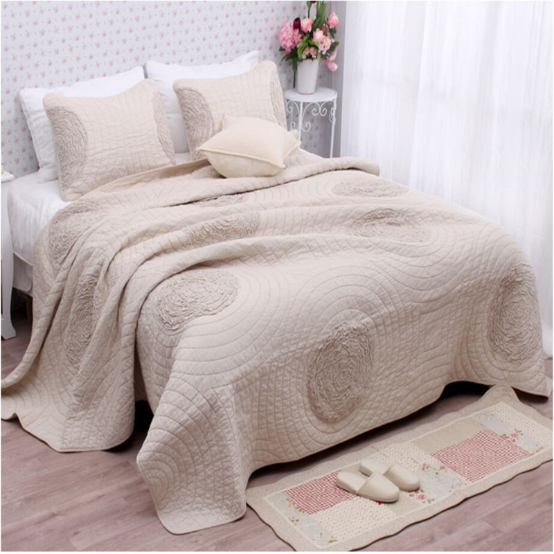 Free shipping 3pcs 100 cotton European style beige white champagne embroidery patchwork quilt bedspread full queen