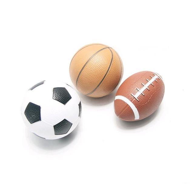 fbe50566e6074 Clássico Mini bola de Borracha Inflável Bola de Futebol Basquetebol Futebol Rugby  Crianças dos