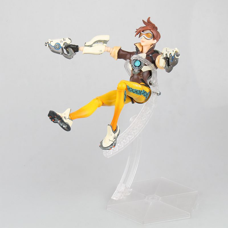 Huong Game Figure 26CM TRACER Movable PVC Action Figure Gift Collectible Model Toys Doll huong anime slam dunk 24cm number 11 rukawa kaede pvc action figure collectible toy model brinquedos christmas gift
