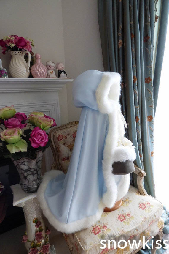 Long Ice Blue Cape With Train Hooded Ivory/White Wedding Cloak Faux Fur Jacket Winter Kid Flower Girl Children Outerwear/Coats long flower girl cape winter princess junior bridesmaid cape wedding cloak with fur trim with hand warmer for communion dress