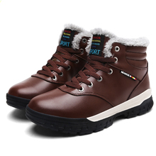 Новый Мужские зимние сапоги Снегоступы для мужские полусапоги теплые с плюшем Мех рабочая обувь Мужская обувь