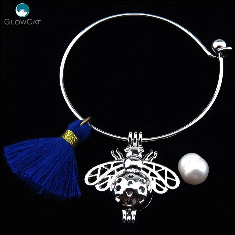 Bee charm bangle bracelet