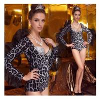 The new DS nightclub ladies sexy leopard long sleeved jumpsuit Slim dj Luxiong animal feather costumes performance clothing