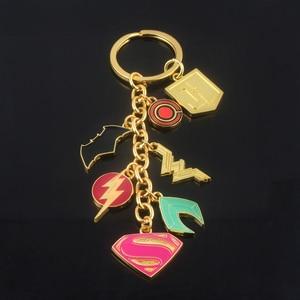 DC Comics супергеройский брелок Лига Справедливости чудо-женщина Бэтмен флэш Супермен Аквамен брелок для мужчин и женщин Автомобильные украшения