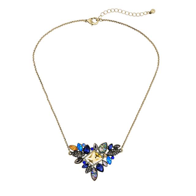 Women's Exquisite Rhinestones Decorated Pendant Necklace