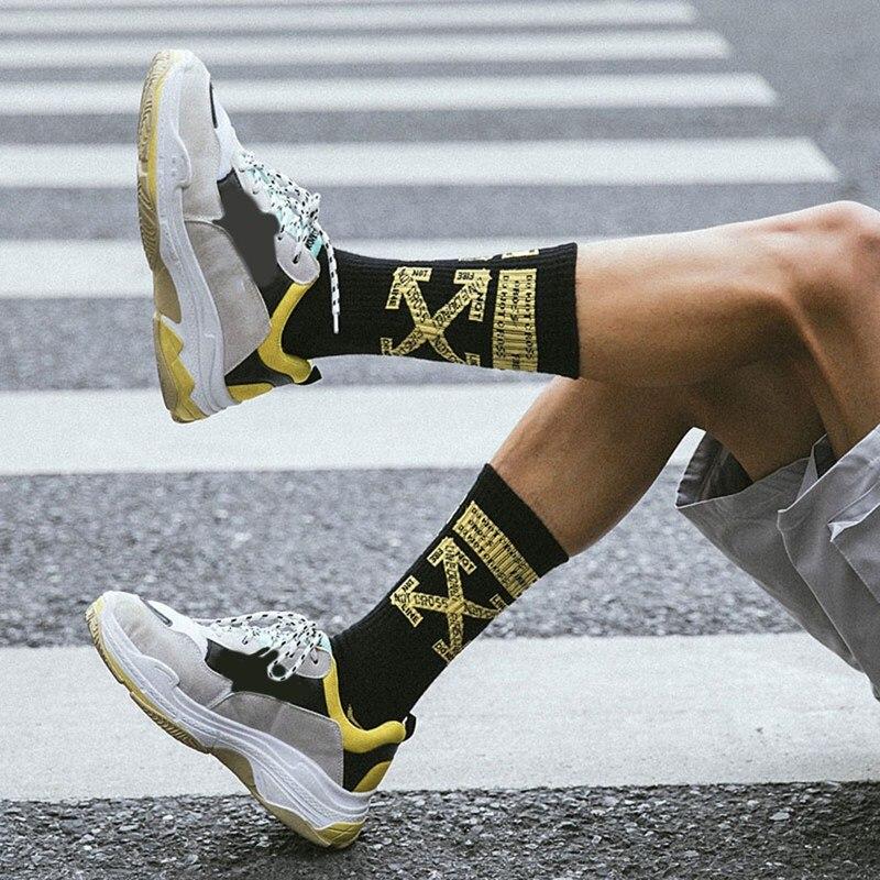Protect Wrist For Cycling Moisture Control Elastic Sock Tube Socks Oil Painting Cocktail-Bijou Athletic Soccer Socks