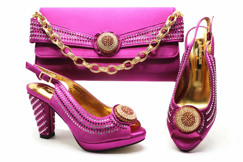 Purple african shoes and bag to match women lace dress in aso ebi party free shipping italian new shoes and bag set SB8253-6 все цены