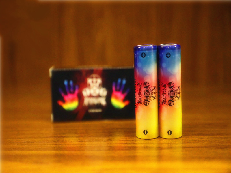 Top USA Apocalypse 18650 batterie IMR 4.2 V 4000 mah 100A arc-en-ciel couleur rechargeable li-lon Vape cigarette électronique batterie d'alimentation