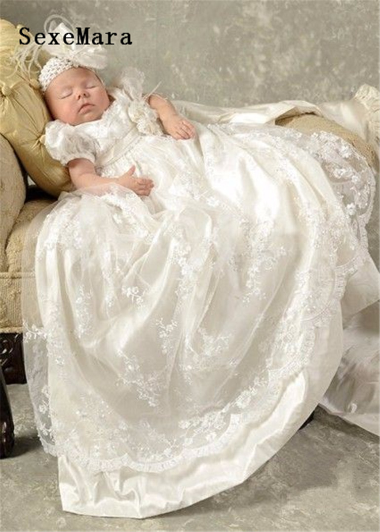 2019 White Ivory Baby Girls Christening Gown Lace Short Sleeves Long Baptism Gown for Baby Girls Boys with Headband2019 White Ivory Baby Girls Christening Gown Lace Short Sleeves Long Baptism Gown for Baby Girls Boys with Headband
