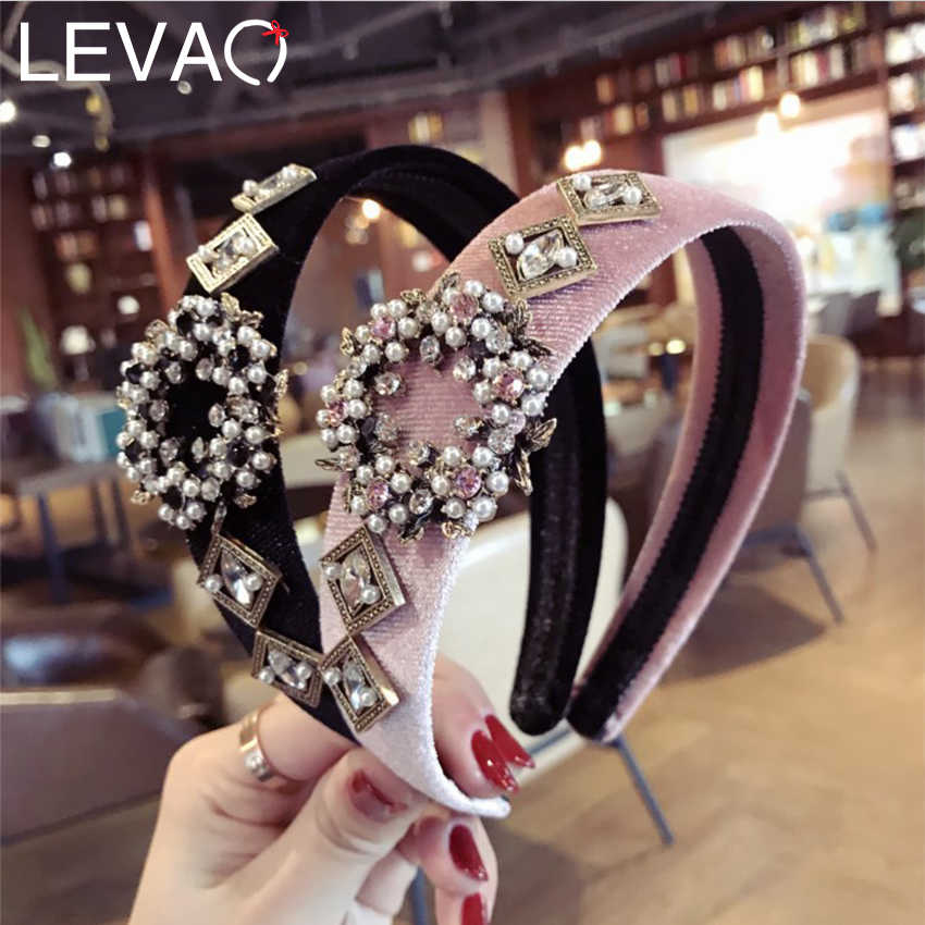 Levao Wide Velvet Headband Baroque Pearl Rhinestone Hairband for Women Party Fashion Shiny Hair Hoop Bands Girls Headwear