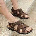 Marca de Calidad Superior de Cuero Genuino de Negocios Masculino Sandalias Casuales Nuevo Estilo Clásico Gancho y Lazo de Los Hombres de Cuero Nobuck Sandalia zapatos