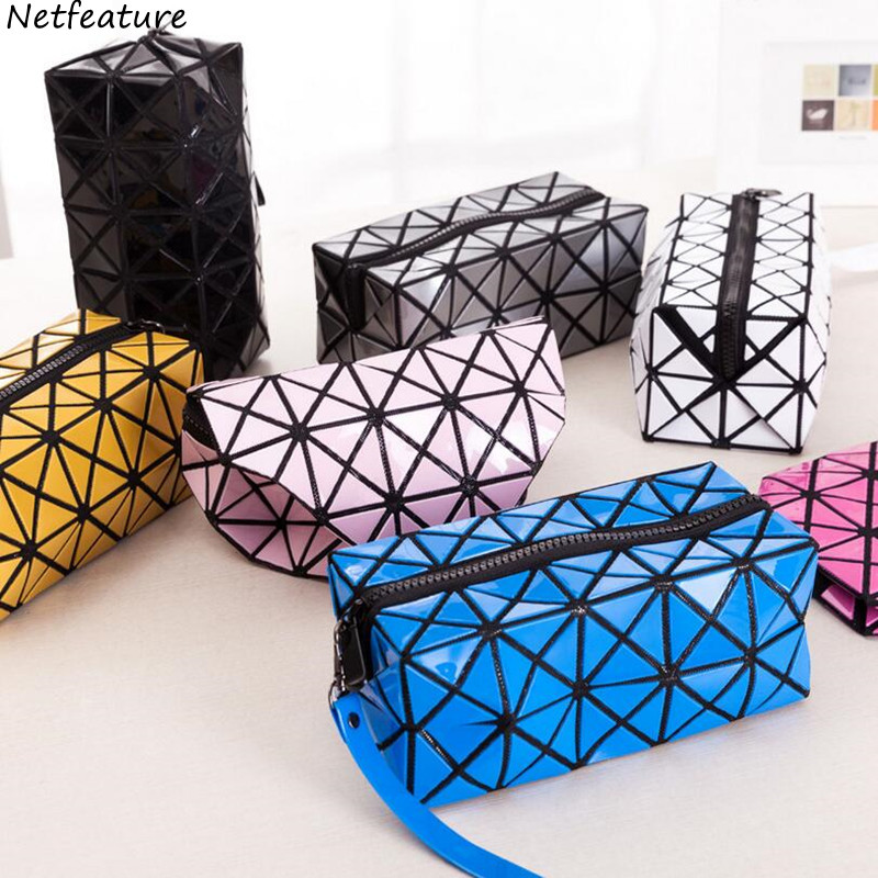 2017 Latest Prism Grid Portable Quartet Make Up Bag PVC Large Capacity Travel Portable Handing Cosmetic Storage Bags Organizers