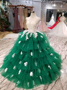 Image 3 - LSS152 Contrasting Sexy Backless Avocado Gree Evening Dresses 2020 High Neck Appliques Sleeveless Tiered Cake Party Dress платье