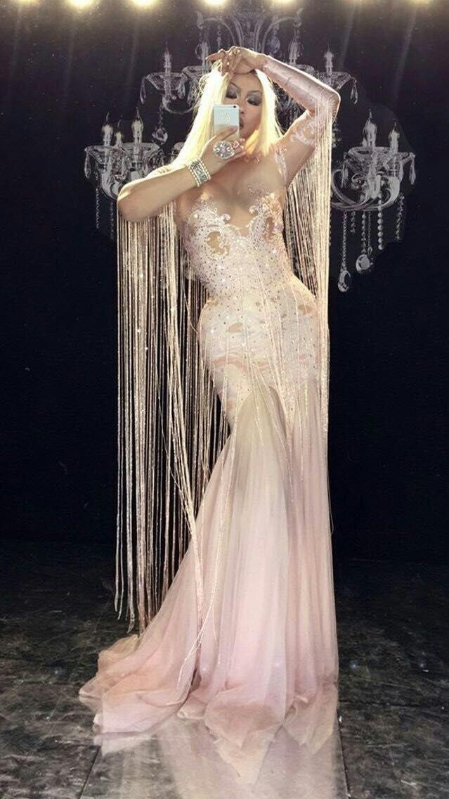 Wome Sexy scène gland rose longue robe cristaux étincelants femmes Costume discothèque parti chanteur danseur Performance scène porter