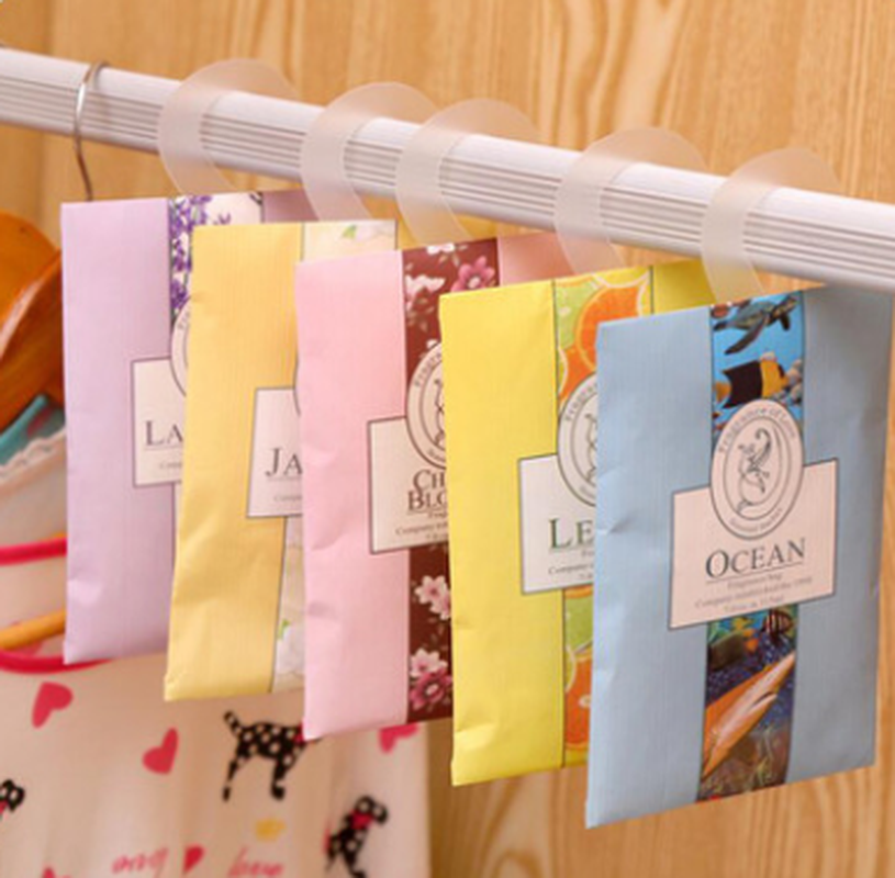 1Pcs Natural Flower Sachet with Hang Hook Dehumidified Home Car Wardrobe Drawer Freshener Fragrance Sachet Bag 4 Flavors