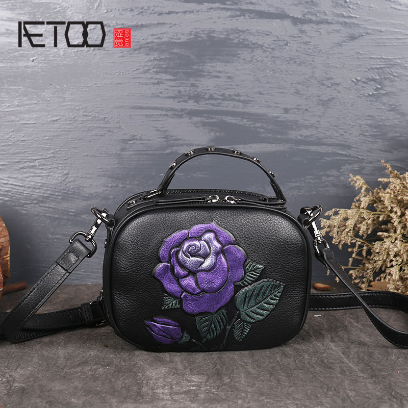 AETOO Retro ladies handbag new autumn and winter small bag rose messenger bag fashion handbags aetoo the new national style classical leather handbags ladies retro fashion handbag shoulder messenger bag