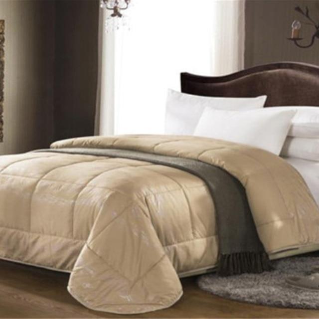 spring autumn winter warm comf0rter 100 camel hair comforter hotel comforter brand high quality. Black Bedroom Furniture Sets. Home Design Ideas